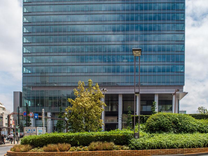 新しくビルが建った目黒駅東口の様子