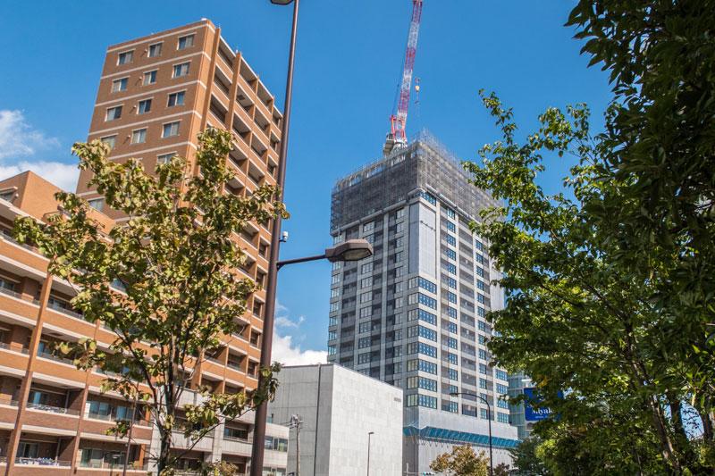 20階以上までできたザ・パークハウス 白金二丁目タワー