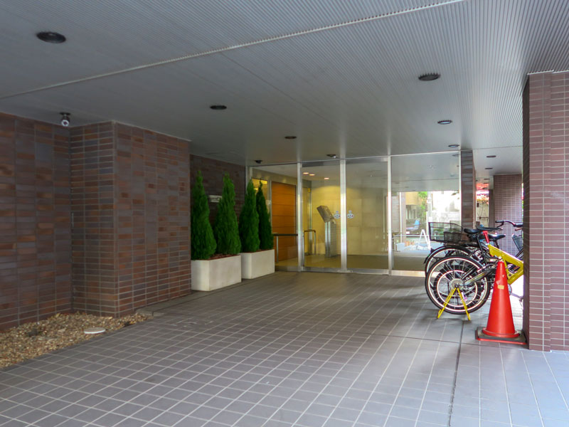 高輪デュープレックスC'sの駐輪場の様子
